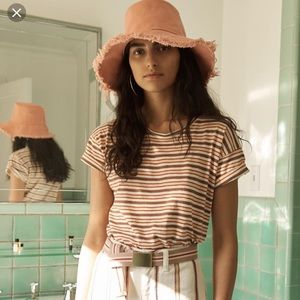 7770795ee NWOT Madewell Canvas Bucket Hat in pink, size S/M